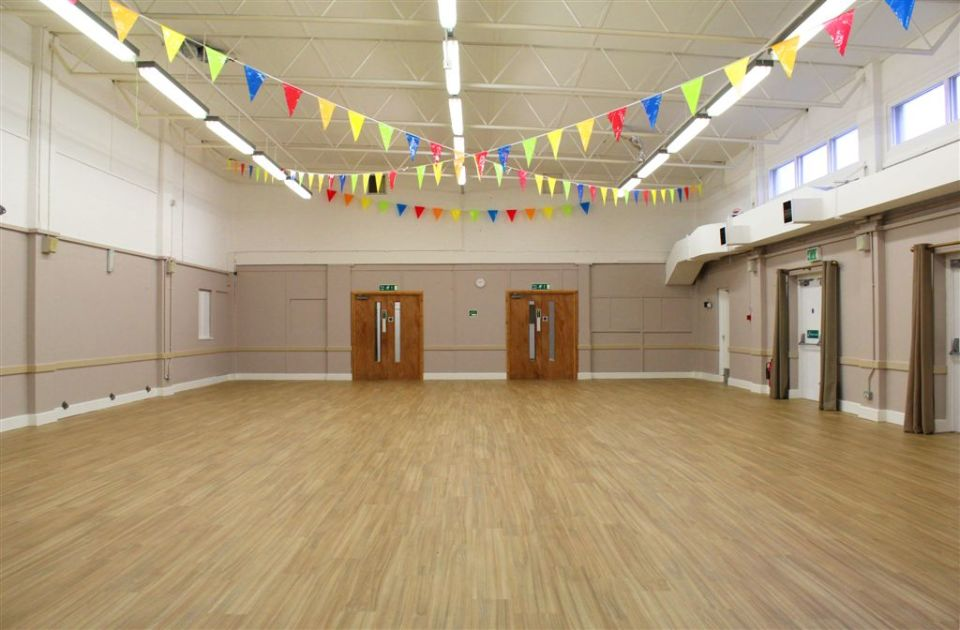 Hall hire in hertfordshire-Maxwell Park Community Centre Facilities - Photograph of Main Hall